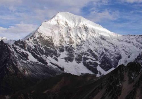 Yala Peak Climbing